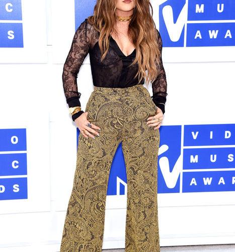 JoJo-červený koberec MTV Video Music 2016